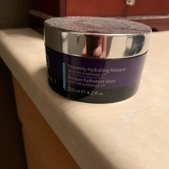 Other - Monat Heavenly Hydrating Mask